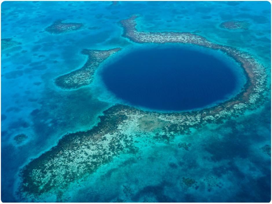 Blue-Hole-600-web-940web