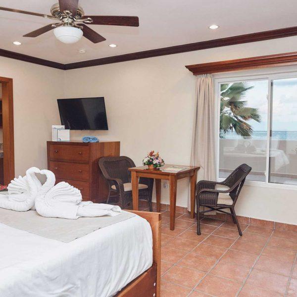 Sunbreeze-Hotel-Premier-end-king