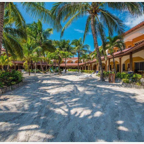 Sunbreeze-Hotel-Spacious-shady-courtyard