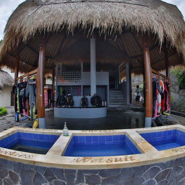 alamBatu dive resort Bali dive center